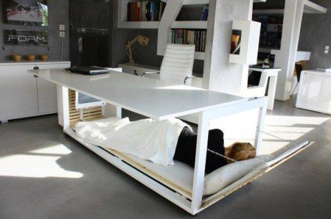 600x398x511e7f55b3fc4bfa27000096_-1-6-m2-de-vida-studio-nl-dise-a-un-escritorio-que-se-transforma-en-un-dormitorio-compacto_adesignaward-16faaf23bd9590907f17a9-600x398.jpg.pagespeed.ic.Q9RLQDiVG0